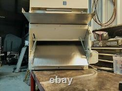 ACME R-11 Commercial Bench sheeter/dough roller double pass. Prefect for pizza