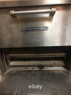 Bakers Pride Countertop Pizza Oven