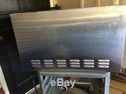 Bakers Pride P22 Electric Countertop Pizza Oven Preowned Good used condition