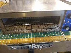 Bakers Pride PX-16 Countertop Electric Pizza Oven 16 Diam. Pizza Capacity