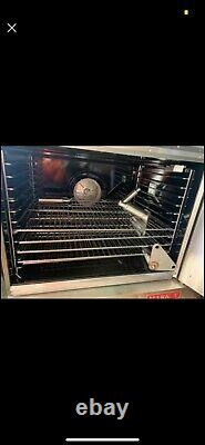 Commerical pizza oven, commerical convection oven. Restaurant oven, blodgett