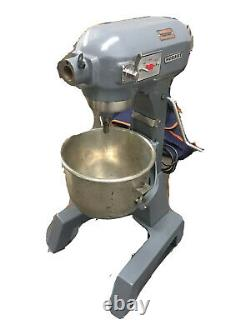 Hobart 20 Qt Bakery Donut Pizza Dough Mixer with Bowl & Whisk A-200