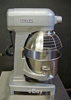 Hobart A200T 20QT 20 QT Dough Mixer Pizza Bowl Guard & Cart Included PRISTINE