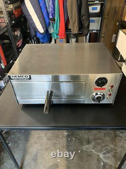 Nemco Countertop All Purpose / Pizza Oven with Adjustable Thermostat 120V, 1500W