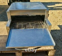 Star Holman Proveyor Pizza Electric 1 PH Conveyor Oven 318HX