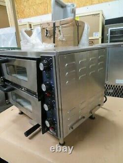 Waring WPO350 Countertop 23 Wide Double-Deck 2-Door 14 Diameter Pizza Oven