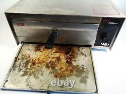 Wisco Industries 421 Commercial Countertop Pizza Oven with LED Display