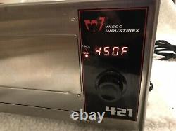 Wisco Industries 421 Commercial Countertop Pizza Oven with LED Display Gently Used